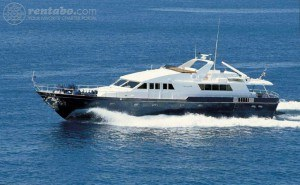 680x440_fit_luxus_323_0_1439758222_oh-que-luna-charter-yacht-outside